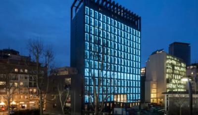 Hyatt-Centric-Milan-Centrale-P001-Exterior-View-Night